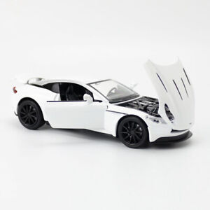 1:32 2018 Aston Martin DB11 AMR Model Car Diecast Toy Vehicle Kids White Sound