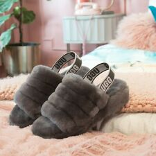 - FLUFF YEAH WOMEN'S SLIPPERS/SANDALS UGG GREY SIZE 10 NEW with BOX -