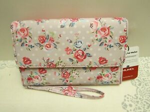Mundi® My Big Fat Wallet Wristlet NWT ID SAFE KEEPER Roses Floral Print on Taupe