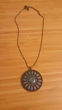 Blue flowery necklace