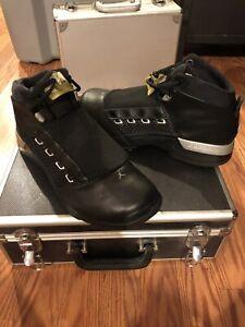 2002 Nike Air Jordan XVII 17 BLACK METALLIC OG CASE 302720-041 Size 11 Preowned