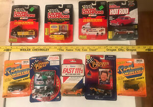 9- LOT 1998 WINNERS CIRCLE 1:64 John Force & 1997 RACING CHAMPIONS 1:64 1:44
