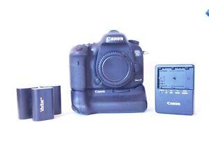 Canon EOS 7D Mark II 20.2MP Digital SLR Camera - with battery grip
