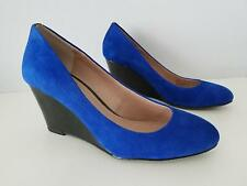 Vince Camuto Melle Blue Suede High  Wedge Heel Shoes Size 7 / 37 Excellent