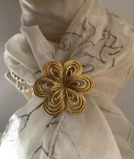 Vintage 1970s Ladies Looped Flower Shaped Gold Toned Scarf Ring Clip