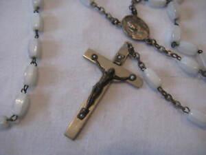 Rosenkranz mit Kreuz und Pilgeranhänger, alt, Religion, Glaube, Gebetskette