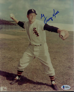 GEORGE KELL SIGNED AUTOGRAPHED 8x10 PHOTO CHICAGO WHITE SOX LEGEND BECKETT BAS