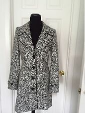 GUESS by Marciano Jacquard Gray/White  Coat SIZE M