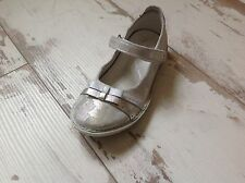 P28- Chaussures fille NOEL NEUVES - Modèle CAMOU Argent (87.00 €)