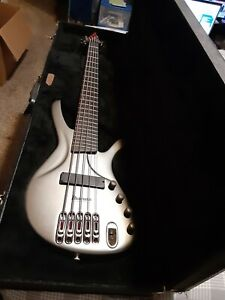 Ibanez Ergodyne EDA905 5-String Electric Bass w case Untested