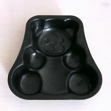 Kleine Bären-Backform Schwarzblech / 12,5 x 12,5 x 2,5 cm / Teddybär