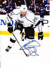 DUSTIN PENNER SIGNED LOS ANGELES KINGS BRINGING IT 8X10