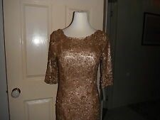 Designer Silver Line Ladies Gold Formal/Evening/Event Gown Size 12