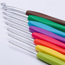 Set of 8 Multicolor Soft Grip Handle Aluminum Crochet Hooks Knitting Needles