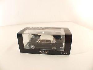 Neo Scale Models 43455 - Borgward P100 - 1/43 en Caja