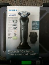 Philips Norelco 6900 Wet and Dry Electric Shaver - Blue S6810/82