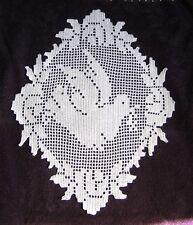 Napperon Colombe et fleur Crochet filet Dentelle façon linge ancien  fait main