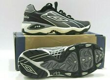 Umbro Bleep Test Boys Astro Turf Trainers Football Shoes Blk/Silver/White