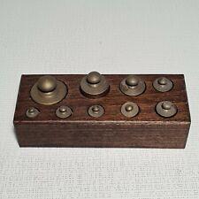 🔅 ancienne boite de 9 poids en laiton pour balance (n°1)