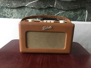 Roberts Revival special edition R250 FM/LW/MW Radio - Tan with original charger