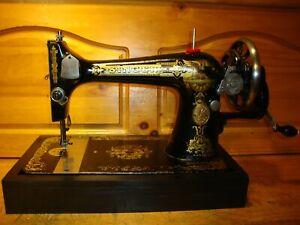 ANTIQUE SINGER SEWING MACHINE MODEL 127 ,HAND CRANK, SERVICED