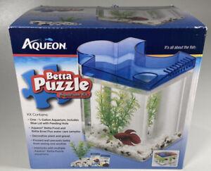 Aqueon Betta Puzzle Half Gallon Aquarium Kit Blue
