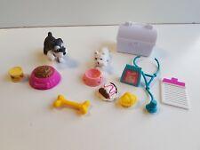 Barbie lot accessoire vétérinaire + animaux  -Lot n° 42