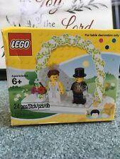 LEGO MiniFigure Wedding Set Bride Groom Table Decoration 853340 cake 2011 SEALED