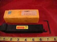Sandvik PDJNR 2525M 11 Toolholder Clamp PDJNR2525M11 T Max P Coromant miss piece