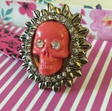 Betsey Johnson Pink Skull ring Surrounded By Faux Diamonds S 7 retro rare