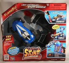 Thinkway Toys Lazer Stunt 2-Sided Chaser FLAMEOUT Light Controlled Stunt Vehicle