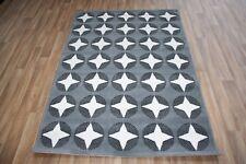 Large Grey White Star Print Rug 120cm x 170cm Modern Stars Pattern Dazzle Rug