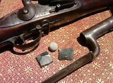 original Brown bess musketball & 2 flints British Rev war dug Yorktown Virginia