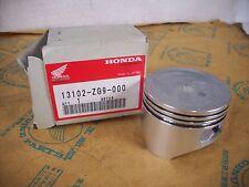 Original Kolben Motor Rasenmäher / Piston Honda Engine GXV 140 / Übermaß 0,25