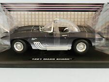 Motor Max 1/18 1961 Chevrolet Corvette Mako Shark Deep Blue MIB