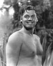 """JOHNNY WEISSMULLER IN """"TARZAN & THE AMAZONS"""" 8X10 PUBLICITY PHOTO (AB-087)"""