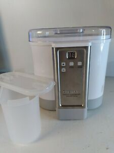 Cuisinart CYM-100 Electronic Yogurt Maker with Automatic Cooling - Lightly Used