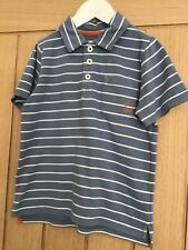 Mini Boden boys polo shirt age 4/5 pocket at the front good condition