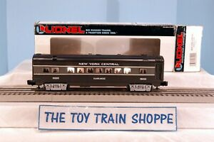 LIONEL 16020 NEW YORK CENTRAL LIGHTED COACH CAR. TESTED. GOOD COND IN BOX.