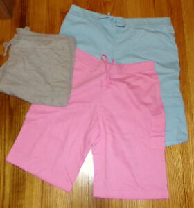 FAME 4 FIFTEEN WOMEN'S SHORTS WITH POCKET