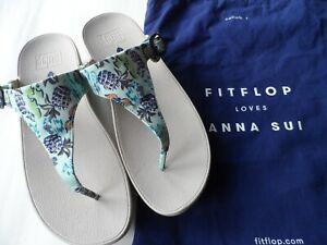 FITFLOP ANNA SUI BRAND NEW PRINTED THE SKINNY SANDALS IN AQUA-SZ 7 UK/41 EU/9 US