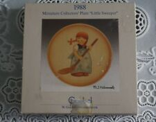 "Vintage M.I. Hummel Goebel Miniature Collector's Plate ""Little Sweeper"" 1988 Mib"