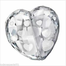 SWAROVSKI LOVE HEART MEDIUM SILVER SHADE  5069538 BNIB made in AUSTRIA