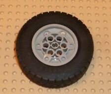 LEGO - Wheel 68.8 x 24 Model Team Type 1, LIGHT GREY x 1 (32004ac01) TW15