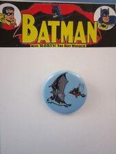 VINTAGE 1966 STYLE ** BATMAN & ROBIN PINBACK BUTTON **    ~ FUN BATMAN PIN ~