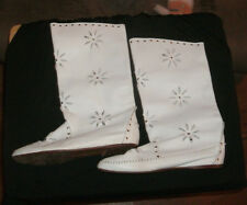VINTAGE PAIR MARIO BRUNI WHITE PIERCED AND STUDDED LEATHER BOOTS! SIZE 7 1/2!