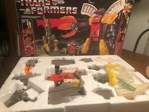 1985 G1 Transformers Original Omega Supreme Autobot Defense Base 99% Complete