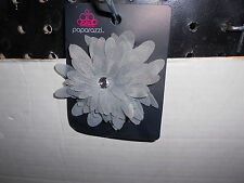 Paparazzi Hair Clip or Pin (new) GRAY LAYERED FLOWER W/CLEAR SPARKLE