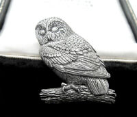 VINTAGE JEWELLERY SIGNED A.R. BROWN TAWNY PEWTER OWL BROOCH
