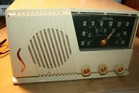 Vintage SILVERTONE AM/FM radio catalog 20 radio, parts/repair